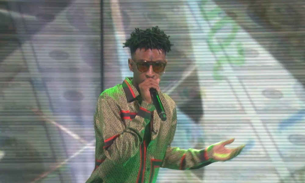 21 Savage Performs Hit Single 'Bank Account' On Ellen; Leads By Example